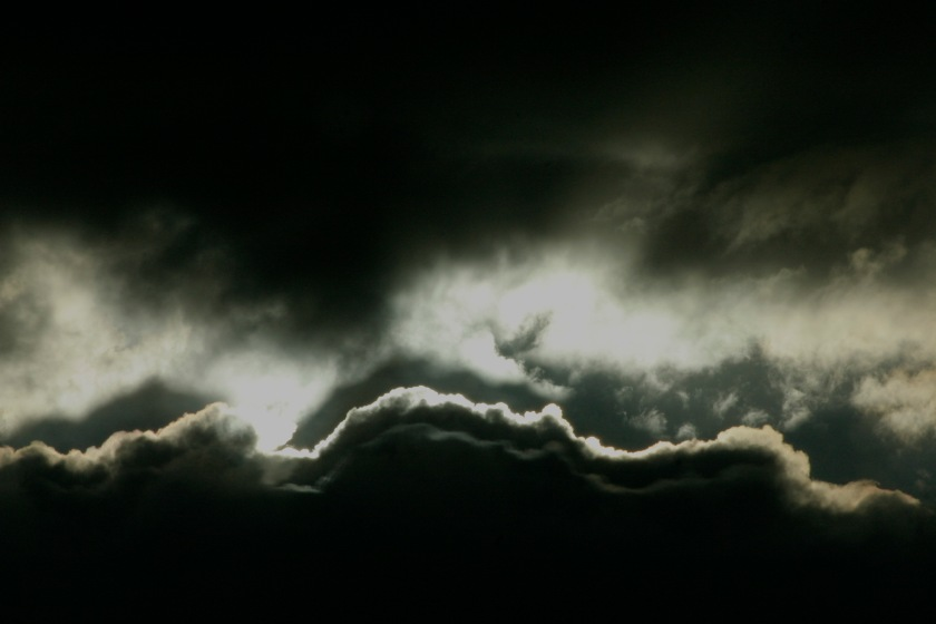 dark-cloud-1539729