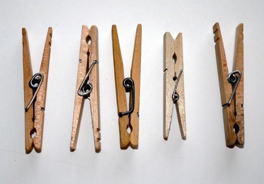 five-clothespins-1553055