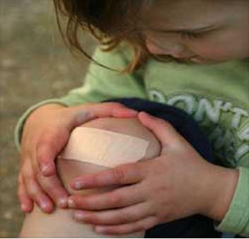 harm-on-knee
